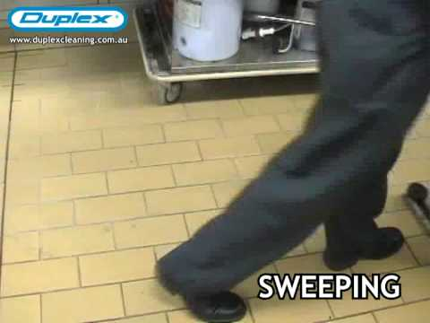 Floor Cleaning Industrial using Duplex Salla Floor Cleaner