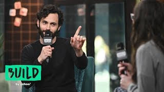 """Penn Badgley Sees Your """"You"""" Memes And Loves Them"""