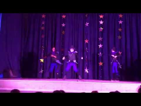 Fortnite Dance - 4th Graders Talent Show in Raven outfits