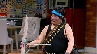 Rambo Bolot Udah Bawa Bambu Runcing Buat Perang