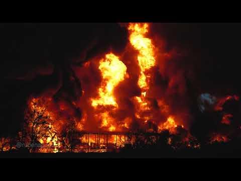 Se incendia una planta química y confinan a los vecinos de Montornès