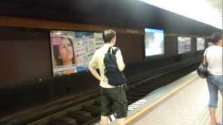 アキーラさん利用①オーストリア・ウイーン地下鉄Metro,Viena,Austria