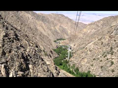 Palm Springs cable car descending