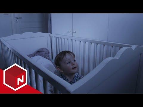 Theo har fått en uønsket barnevakt | Åndenes Makt | TVNorge