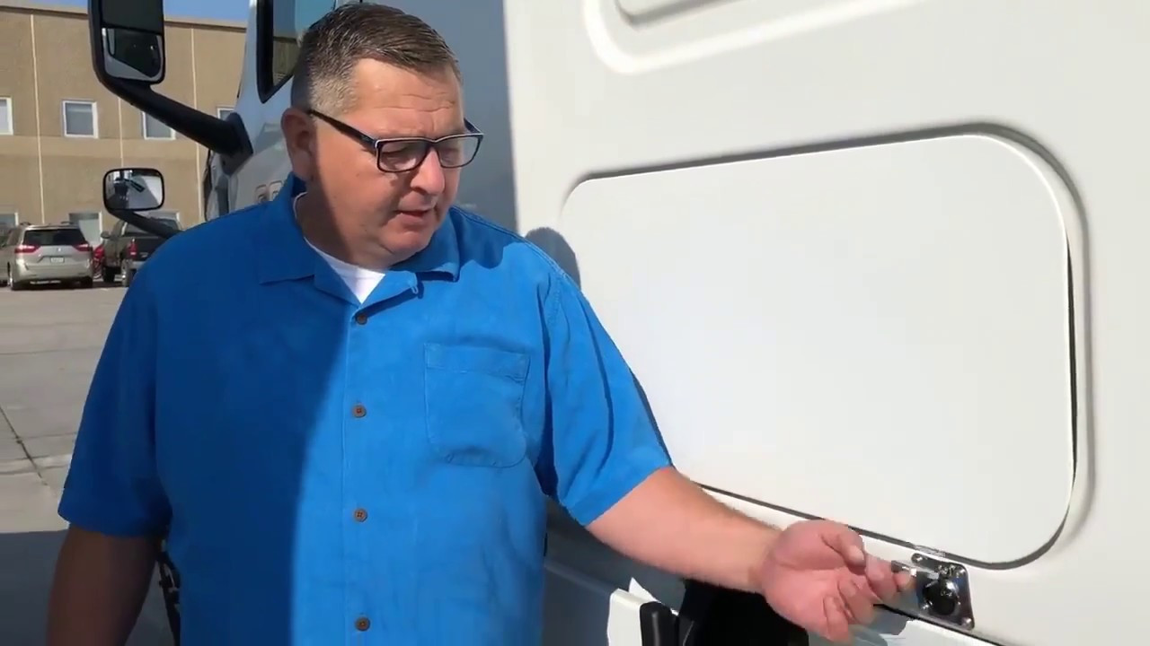 Brent Explains More of Our Truck's Custom Features - CHECK ...