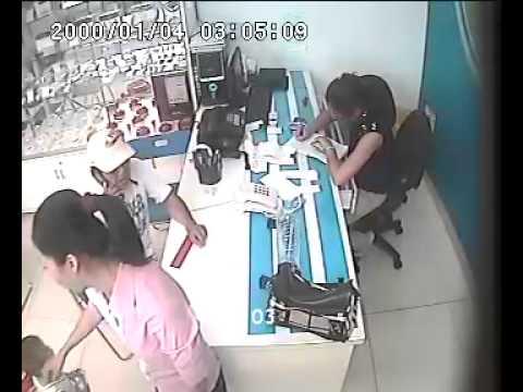 Trộm điện thoại - Trom dien thoai