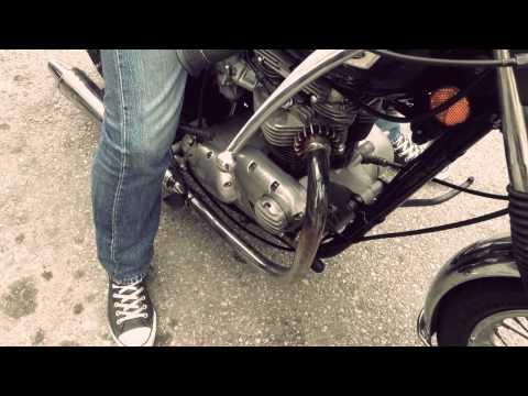 Triumph T140 cafe racer
