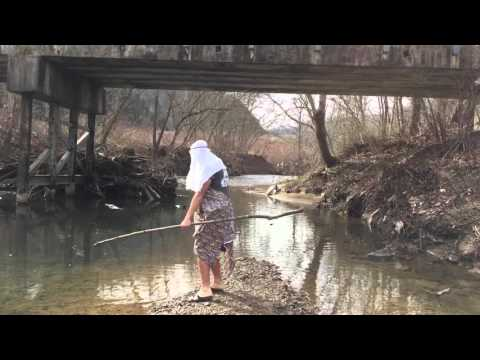 Toby Joe Hall Performs Islands in the Stream