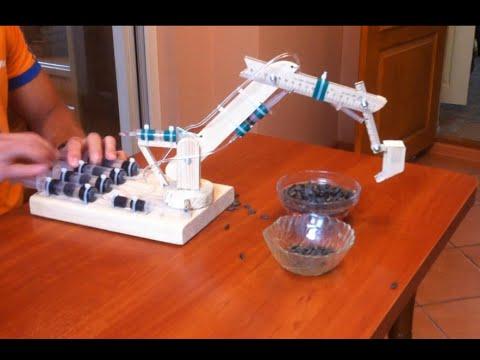 Как сделать экскаватор из шприцов