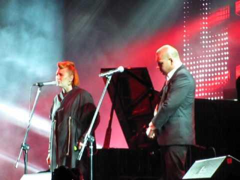 Katarzyna Nosowska i Marek Dyjak - Ognia! (Męskie Granie 2012 - Live)