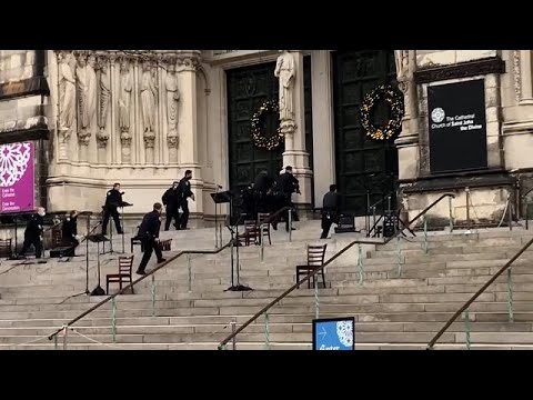 No Comment TV: Police shoot gunman outside New York City cathedral