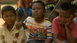 Rauchende Kinder in Indonesien