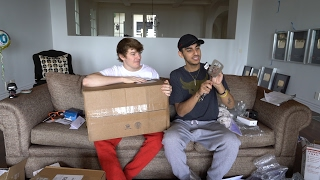 FIRST FAN MAIL OPENING IN FAZE HOUSE LA
