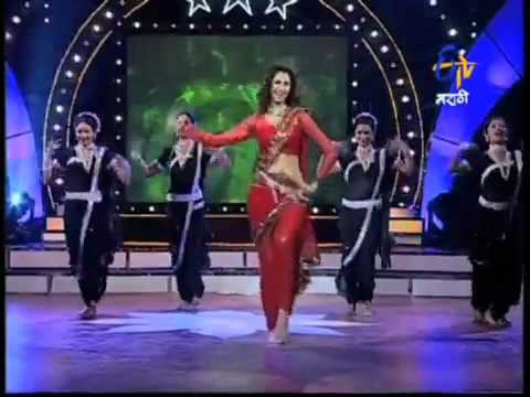 Jaanvee: my lavani from MORAYA, performed by Amruta Patki on the show Dholkichya Taalavar.mp4