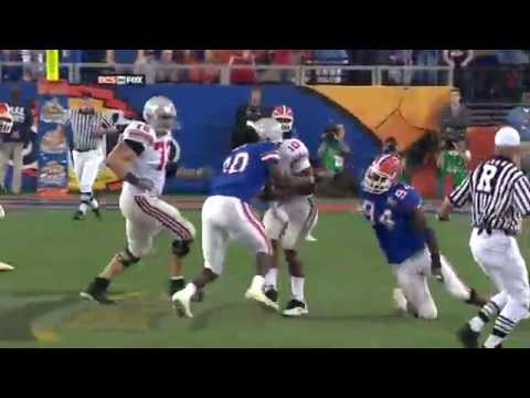 2007 Ohio St vs Florida - Everett Helmetless Tackle