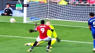 Romelu Lukaku Miss Compilation (all sitters missed 17/18)