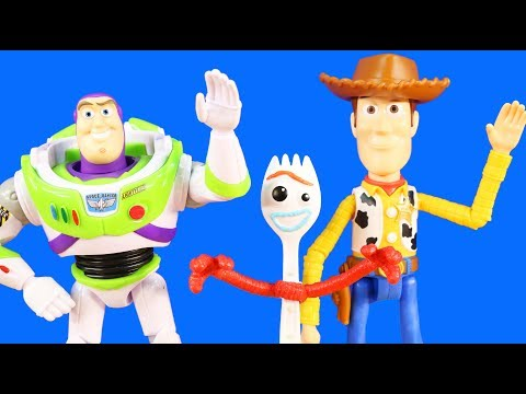 Toy Story 4 Road Trip ! Forky Goes Missing