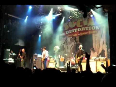 social distortion road zombie and so far away live in las vegas january 22 2011 youtube. Black Bedroom Furniture Sets. Home Design Ideas
