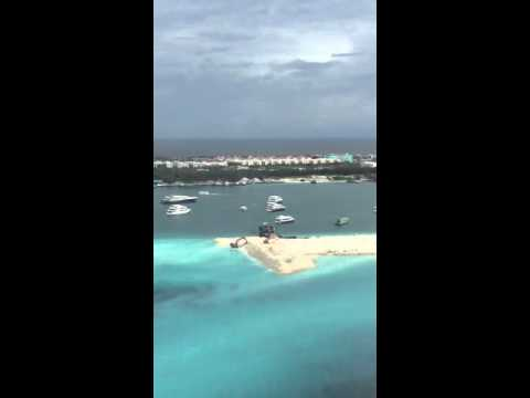 Emirates flight Maldives landing to Male