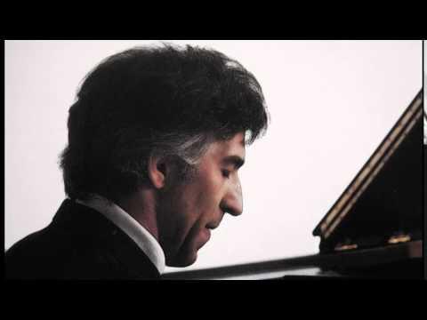 """Ashkenazy, Chopin The Waltz No.9 in A flat major, Op.69, No.1 """"L'ADIEU"""""""