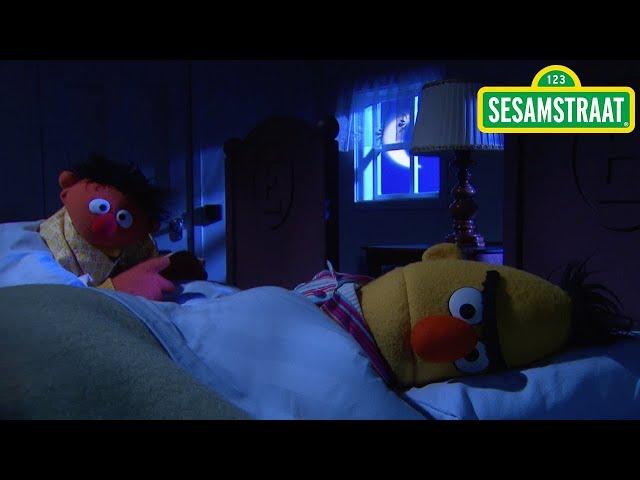 Ernie heeft dorst - Bert & Ernie - Sesamstraat