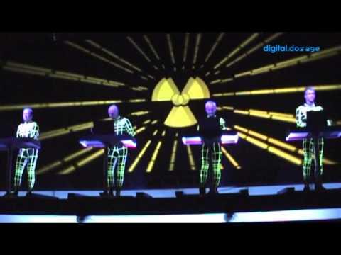 Kraftwerk - Radioactivity - Manchester 2009