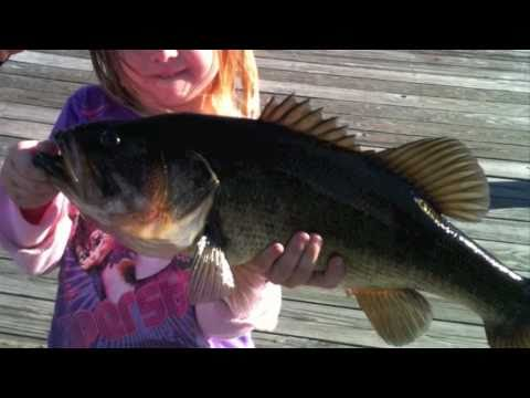 Daddy & Daughter Just Fishin' : Song By Trace Adkins