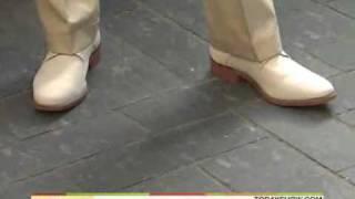 Savannah Guthrie Barefoot On Today Show