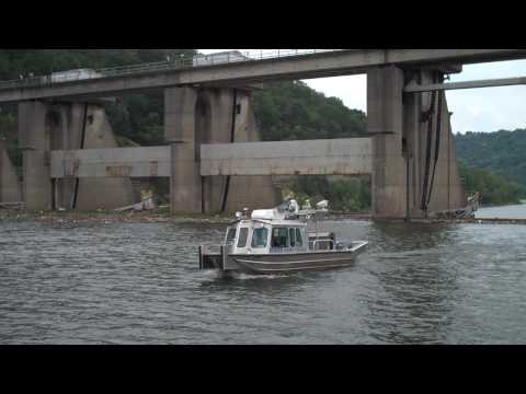 Woolpert / SEAS Performing Marine laser scanning in support of USACE Lock and Dam Evaluation