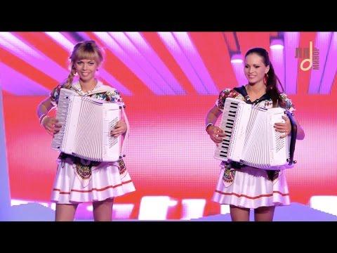 Самые красивые аккордеонистки России-дуэтЛюбАня-СМУГЛЯНКА [accordion,harmonica,баян]