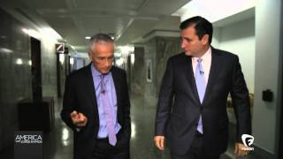 Jorge Ramos interviews Senator Ted Cruz (October, 2013)
