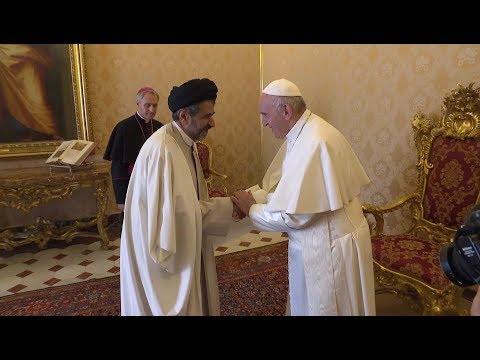 Iran's new ambassador gives the pope a Persian rug
