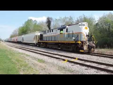 Because That's What ALCOs Do! FRR ALCO RS-11 #1802 Shoving Hard 5-8-15