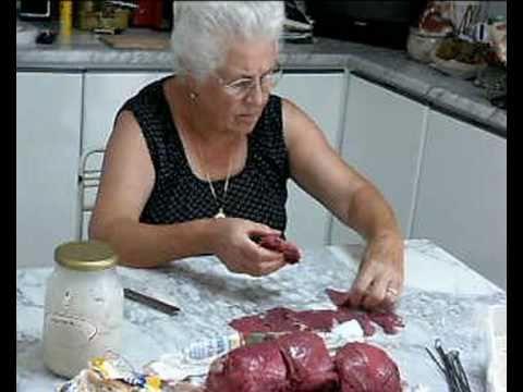 In cucina con nonna mary 09 braciole aggrassate for Cucina della nonna