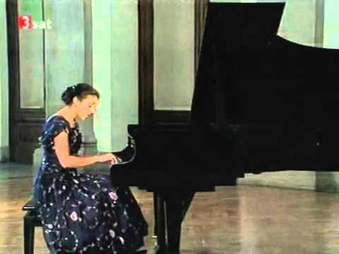 W. A. Mozart - (2/5) Piano Concerto No. 17 in G major - I. Allegro (Bashkirova, GMYO)