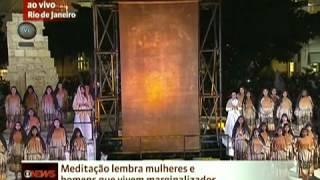 Foram montados 13 palcos para a encenação da Via Sacra durante a Jo...