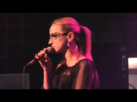 Rudas Studios   Fresh Music Live   Ramona Nerra   no stress
