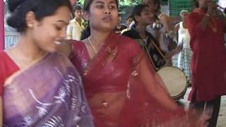 Bangali hindu wedding in Bangladesh (Dance)