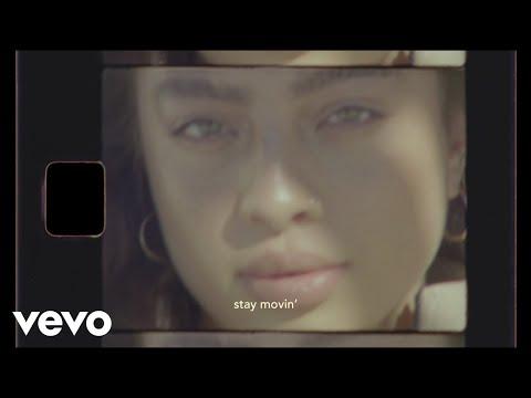 Kiana Ledé – Movin