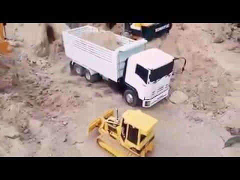 รถดั้มบังคับวิทยุ กับรถตักดินบังคับ และรวมรถก่อสร้างบังคับ อีกหลายแบบ