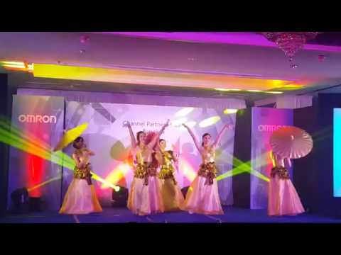 Thai Traditional Dance - Thai Artists (Thailand)