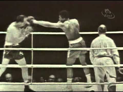 muhammad ali vs henry cooper - wembley london june 18 1963
