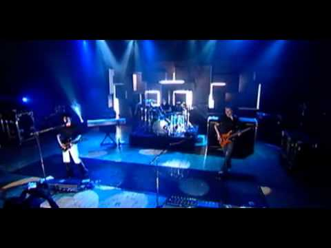 Muse - Thoughts of a Dying Atheist live @ MTV SuperSonic 2003