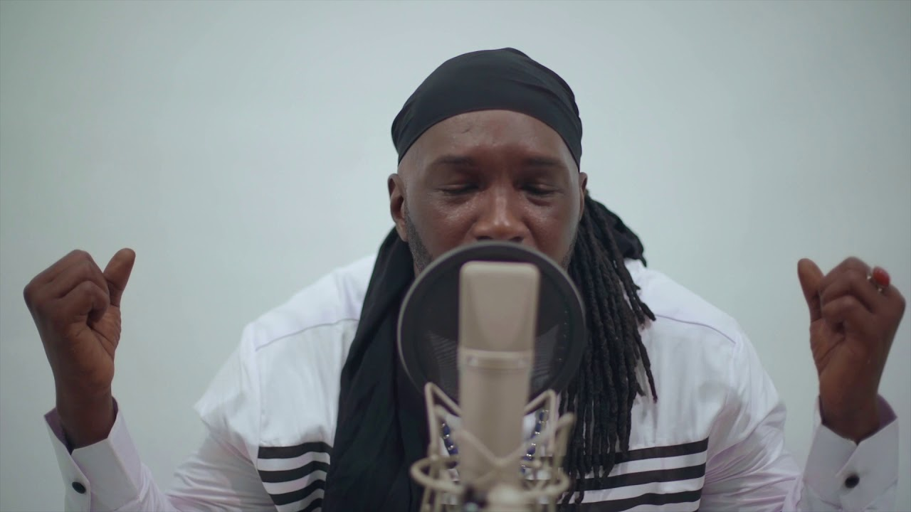 Download Aly 100Songs - Womou M'ma Gakhouma Acoustique (By Jaiye Music Group)