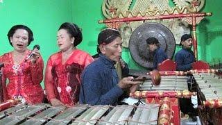Ladrang SANTI MULYA - Javanese Gamelan Ensemble [HD]