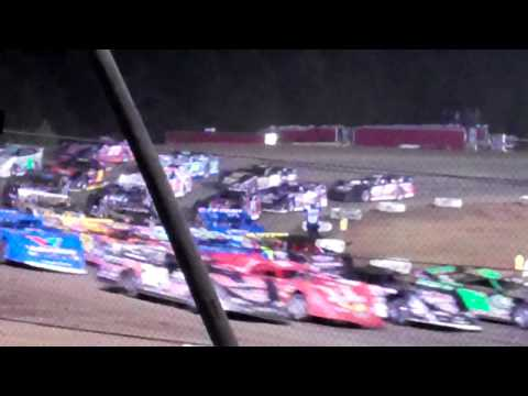 Four-wide at I-30 Speedway
