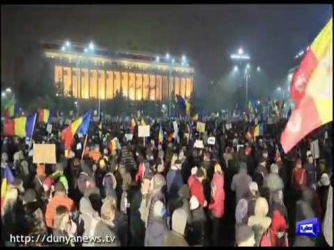 Romanian government under pressure as 500,000 protest