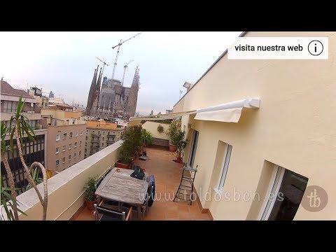 cf75306206 Toldo Cofre Gaviota Simbac modelo Ares. En el eixample de Barcelona ...