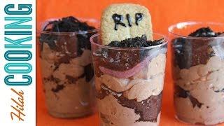 Graveyard Dirt Cake |  Spooky Halloween Dessert