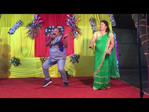Dancing Uncle | Sanjeev | Dabbu & My wife Dancing on Govinda's Song Aap ke Aa Jane Se